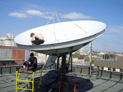 Демонтаж спутниковой антенны 4,8 м в Екатеринбурге