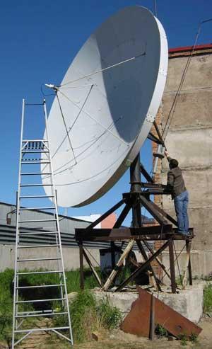 Спутниковая антенна 4,8 м в Новом Уренгое, модернизированная